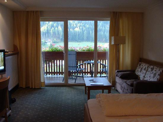 Hotel Grones: Room with balcony