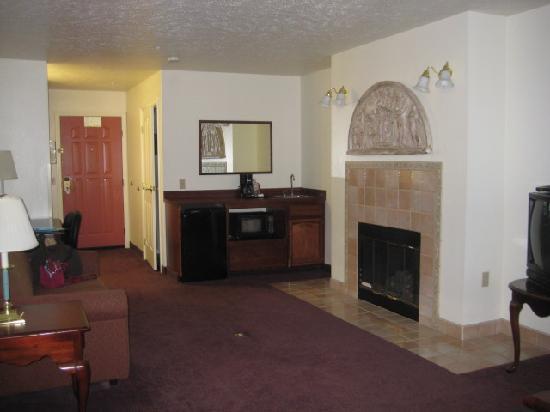 Comfort Inn & Suites: Lounge