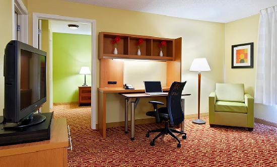 TownePlace Suites Knoxville Cedar Bluff : One-Bedroom Suite