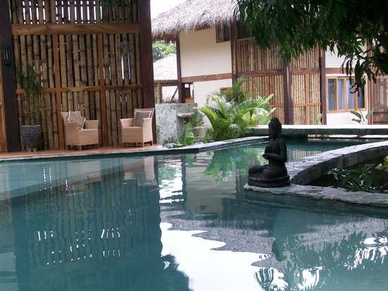 Pranamar Villas and Yoga Retreat: View of the pool