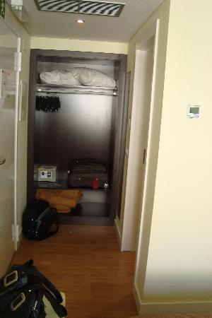 Lisbon City Hotel : Kleines Vorzimmer
