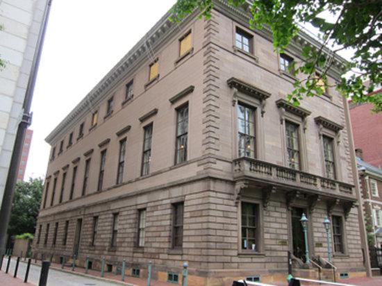 Athenaeum of Philadelphia: Athenaeum exterior from 6th Street