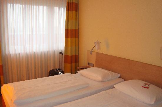 Acom Hotel Muenchen Haar: Zimmer