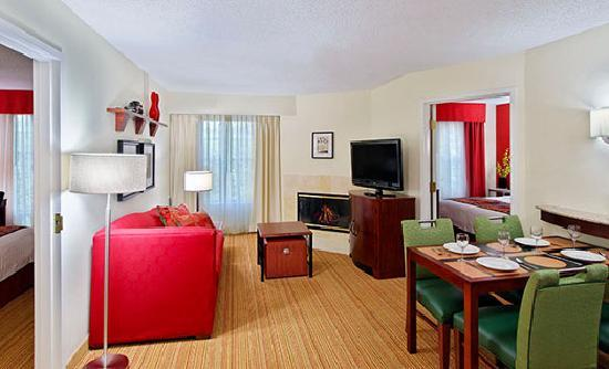 Residence Inn Knoxville Cedar Bluff: Two-Bedroom Suite