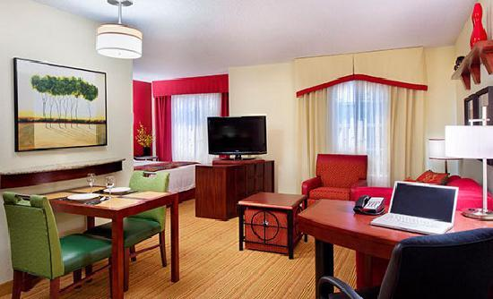 Residence Inn Knoxville Cedar Bluff: Studio Suite