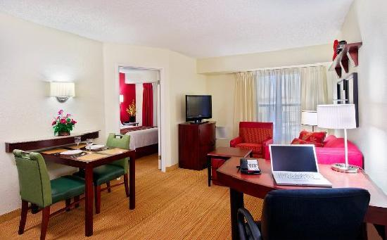Residence Inn Fort Myers: One-Bedroom Suite