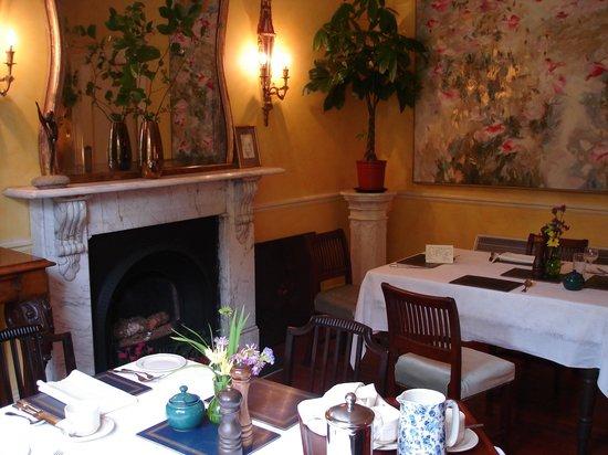 Shelburne Lodge: Breakfast Room
