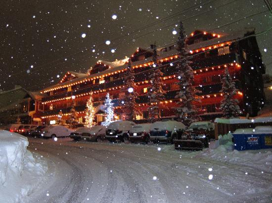 Chateau Apres Lodge: Winter Wonderland