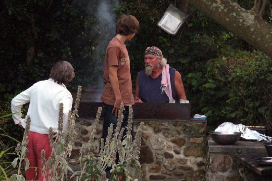 The Shave Cross Inn: Roy cooking!
