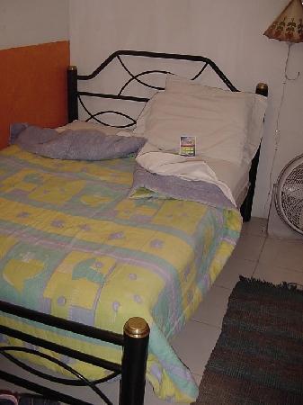 Hostal de María: my comfortable bed