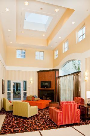 Fairfield Inn & Suites San Francisco Airport/Millbrae : Marriott Fairfield Inn & Suites San Francisco Airport Hotel Lobby