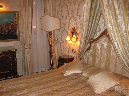 Hotel Canal Grande: Rialto Room