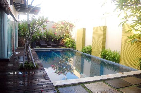 Bali Swiss Villa: Swimming Pool