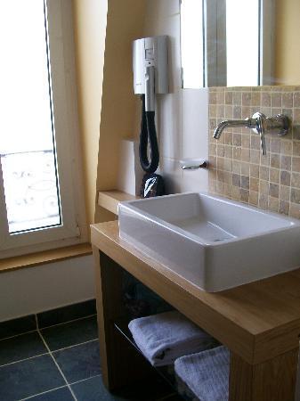 Baldaquin Hotel: Bathroom