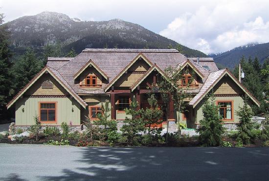Whistler Alpine Chalet Retreat & Wellness: Alpine Chalet Summer pic
