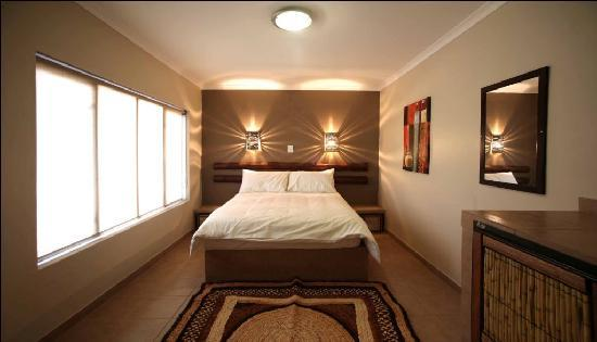 A1 Airport Lodge: Double/ Queen Beds in all rooms