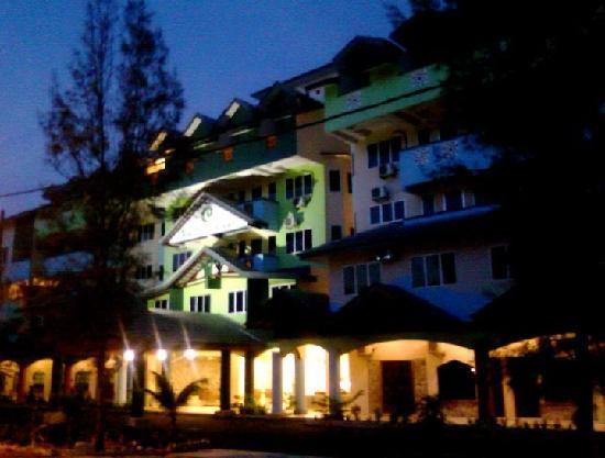 Lumut, Malaisie : Resort Night View