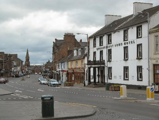 Annan, UK: Hotel and Main Street