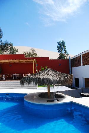 Hotel Villa Jazmin: Piscina