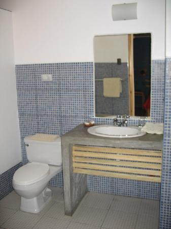 Hotel Villa Jazmin: Bano
