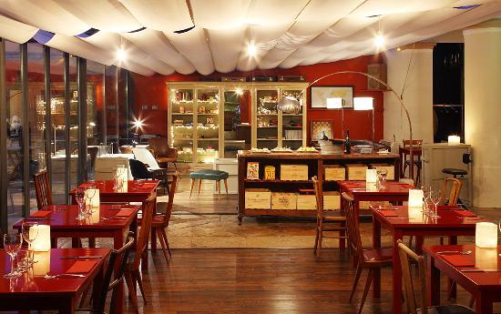 """Restaurant Aiguaclara: """"Fet amb Love"""""""