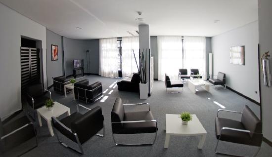 Hotel Anoeta : SALON TV