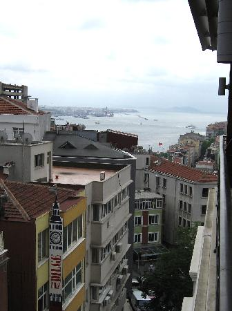 Taksim Metropark Hotel: View from our balcony.
