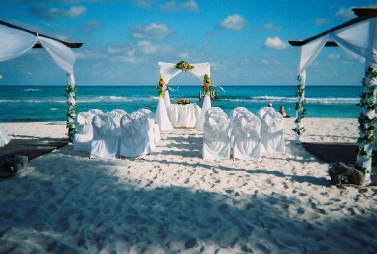 IBEROSTAR Paraiso Del Mar: Wedding set up