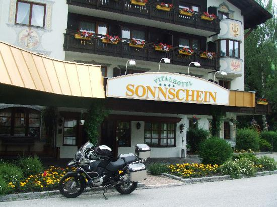 Hotel Sonnschein: WHAT NO SNOW