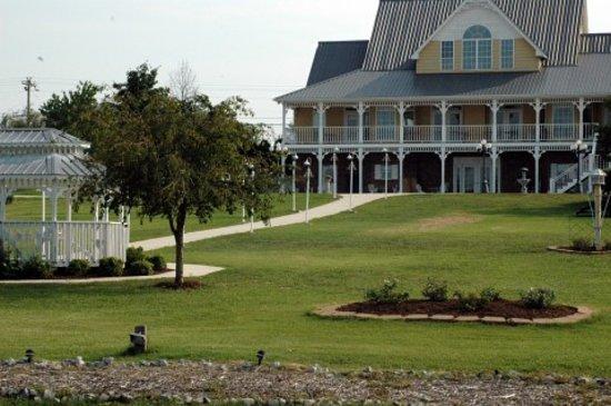 Photo of The Inn at Harvest Farms Lake Morrison