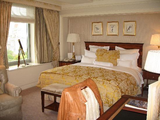The Ritz-Carlton New York, Central Park: The bed was soooooooooo comfortable