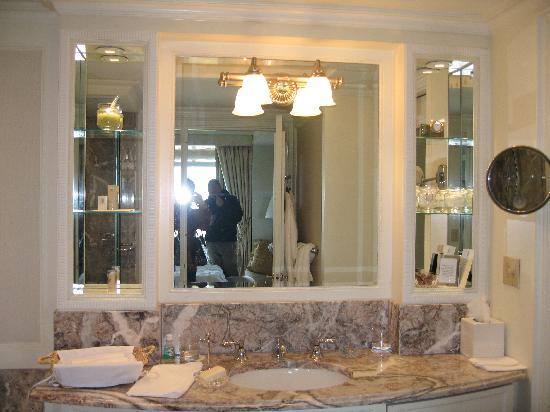 Cool Central Park Bathrooms Ideas