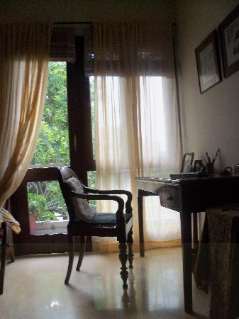 Amaaya: Her desk and balcony