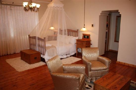 Die Eike: N Botha Honeymoon suite