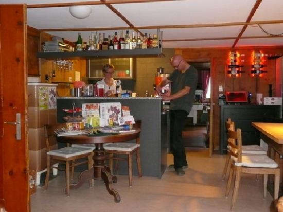Gasthaus Alpina: Im Alpina