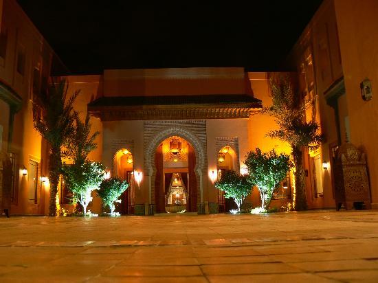 restaurant diwane picture of hotel les jardins de l 39 agdal marrakech tripadvisor. Black Bedroom Furniture Sets. Home Design Ideas
