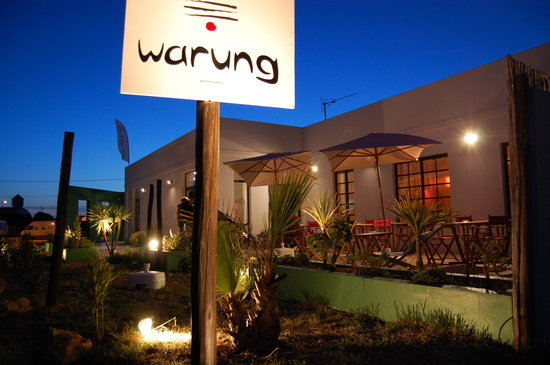 Warung : feel at home at the end of the world