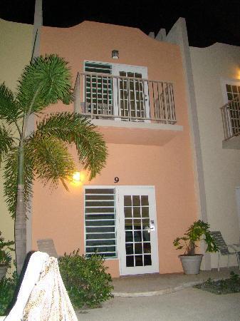 Hotel Lucia Beach Villas: Villas AT nIGHT