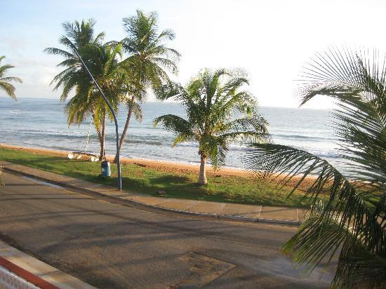 Luquillo Sunrise Beach Inn: within walking distance