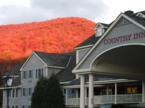 Country Inn at Jiminy Peak: Fall is a great time to visit