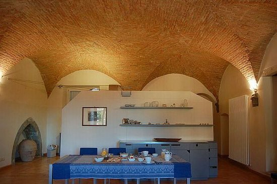 B&B San Fiorenzo : Breakfast room