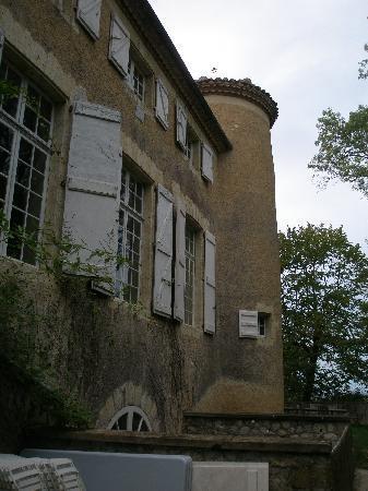 Chateau de Lartigolle : Side of chateau