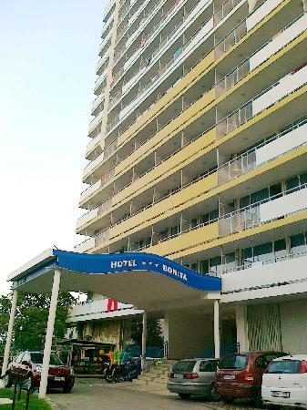 Bonita Hotel: bonita-outside