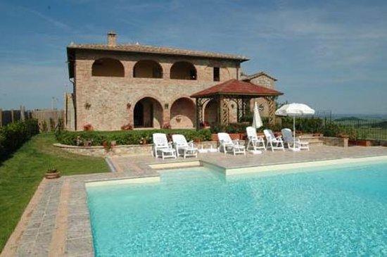 Agriturismo gli archi di Corsanello: main villa