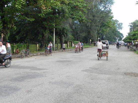 Sittwe, Burma: Dorfstraße