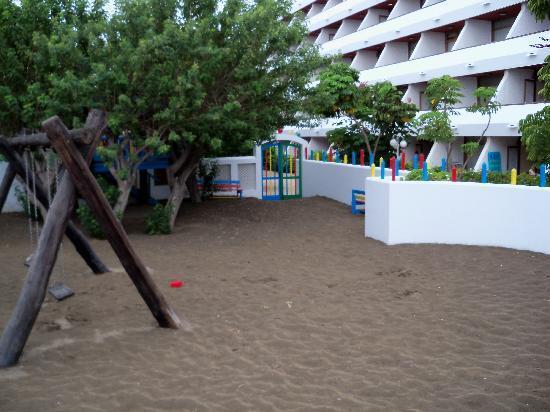 Apartmentos Santa Monica: Playground