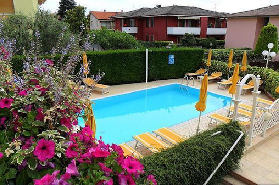 Hotel Gardenia E Villa Charme Bardolino