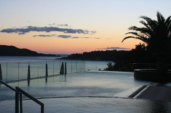 Queen of Montenegro: Outdoor jacuzi at sunset