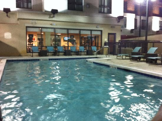 Residence Inn Birmingham Downtown at UAB: nice pool