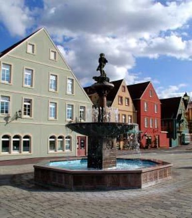 Stoudtburg Village Plaza